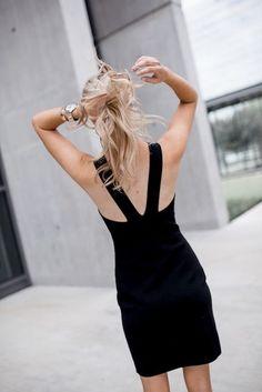 $273 Sexy Elizabeth and James Body-Con Mini Dress