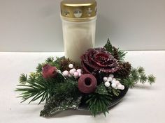 Grave Flowers, Creative Flower Arrangements, Flower Studio, Christmas Crafts, Projects To Try, Table Decorations, Ornaments, Handmade, Design