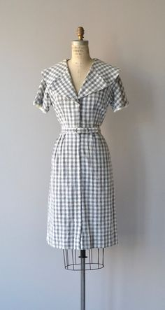 Vintage 1950s cotton linen gray and white checked dress with large, round, notched collar, short sleeves with white linen peeking trim, fitted waist,