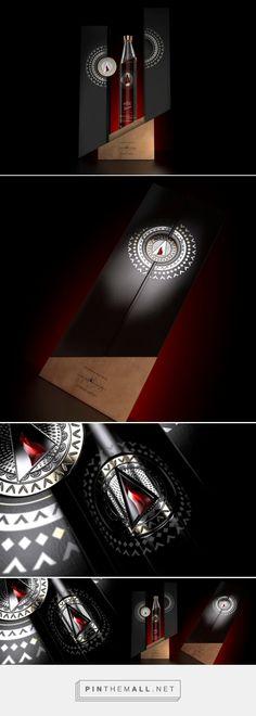 elit by Stolichnaya: Andean edition #limited #packaging by JDO - http://www.packagingoftheworld.com/2014/12/elit-by-stolichnaya-pristine-water.html