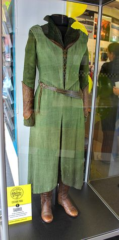 Peculiar: Tauriel's costume Actor: Evangeline Lilly ...