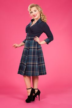 .Kassandra-Lee - Retro dress with tartan accents