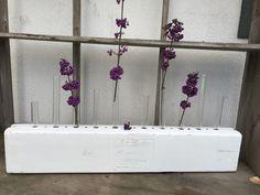 Vintage Vasen - Vintage Blumenvase - Zigarrenform weiß shabby  - ein Designerstück von Silvia_G bei DaWanda