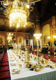 The ultimate dining room: the Royal Pavilion, Brighton