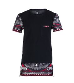 BLACK KAVIAR Short sleeve tee Single chest pocket Abstract chains detail on hem and cuffs Cotton for comfort