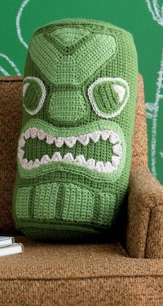 #ClippedOnIssuu from Beastly crochet 23 critters to wear and love (1)