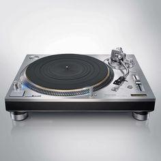 For Real Djs use Only !  The Legend is Back #technics SL 1200-G #technics1200sl #dj #djlife #djbooth #turntable #vinly #vinyl #plak #pikap #turntablism by djserdarayyildiz http://ift.tt/1HNGVsC
