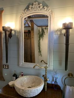 Vanity in the bathroom of Shady Tree, Fairytale Cottage, Outdoor Baths, Cottage In The Woods, Creative People, Stargazing, Natural Wonders, National Parks, Aqua