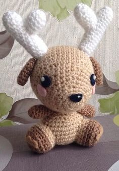 "Deer - Free Amigurumi Pattern - Click to ""download"" or ""free Ravelry download"" here: http://www.ravelry.com/patterns/library/amigurumi-deer-3"