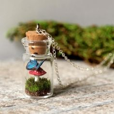 The Tiny Terrarium collection will be the ideal choice for summer time. Rings and pendants from this collection are true works of art.