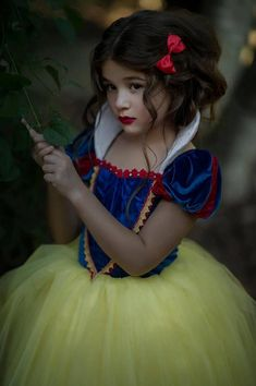 SNOW WHITE COSTUME PRINCESS GOWN TUTU DRESS (CAPE SOLD SEPARATELY) Its not her fault shes the fairest princess in the land, so she might as well be comfortable in her fully lined gown of velvet, satin and tulle. The padded soft white collar will keep her cozy if she likes to nap after