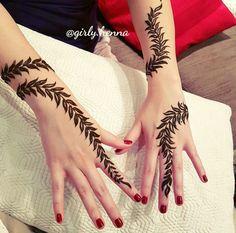 Henna Flower Designs, Mehndi Designs Book, Finger Henna Designs, Modern Mehndi Designs, Mehndi Design Pictures, Beautiful Mehndi Design, Arabic Mehndi Designs, Simple Mehndi Designs, Henna Tattoo Designs