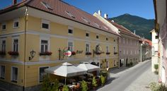 Gasthof Pontiller Oberdrauburg Family-run since 1803, Gasthof Pontiller is located in the small town of Oberdrauburg in Carinthia. It has a traditional restaurant and is situated on the Drautal Bicycle Trail.  Free Wi-Fi is available in the entire hotel.