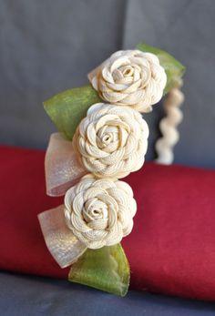 Diademas Felt Roses, Felt Flowers, Diy Flowers, Crochet Flowers, Fabric Flowers, Flower Girl Headpiece, Flower Girl Headbands, Fabric Headbands, Baby Headbands