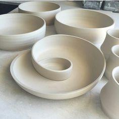 """92 Likes, 8 Comments - Janet Westdahl (@mbjanet) on Instagram: """"@kim_westad tillverkar dessa underbara fat ♥ #keramik #ceramic #keramikk #ceramics #clay"""""""