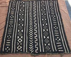 "Bògòlanfini, the ""mud cloth"" from Mali"