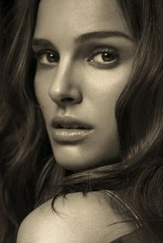 Nathalie Portman. Too beautifull to be true.