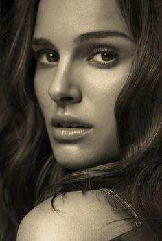 Nathalie Portman. Too beautifull to be true.