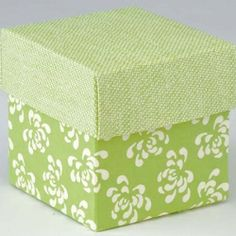 £5.69 Lime Green Retro Square Favour Box with Lid 10pk