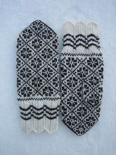 Halliste Mittens 3, Jan. 2010 by yarn jungle, via Flickr