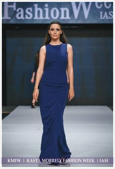 Navy long dress with unique model made of pin tucks. More details at muzacreationfactory@yahoo.com. Pin Tucks, Spring Summer 2018, Navy, Formal Dresses, Unique, Model, Shopping, Fashion, Hale Navy