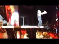 Concierto ACDC Madrid 2 junio - shot down flames - YouTube