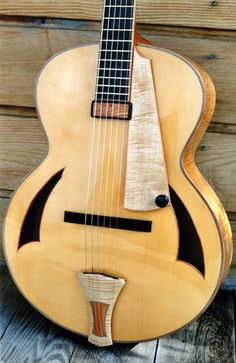 Cheval Guitars Lola... like the tailpiece