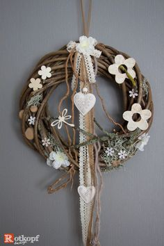 Big Easter Wreaths, Christmas Wreaths, Christmas Decorations, Home Crafts, Diy And Crafts, Bunny Crafts, Handmade Decorations, Diy Wreath, Spring Crafts