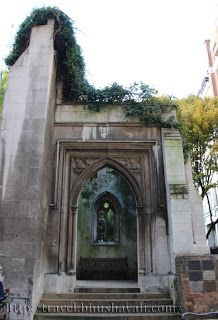 St Dunstan's in the East (London - UK) - #travelblog #photoblog #travelblogger #ttop #photography #monument #fire #church #ruins #architecture @visitengland @visitlondon @visitbritain