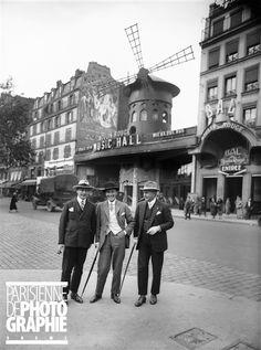 Le Moulin-Rouge. Paris (XVIIIème arr.), vers 1925.