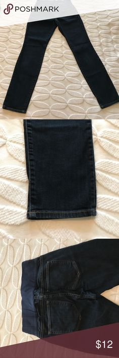 Gap Brand Maternity Jeans Gap Brand Maternity Jeans size 26/2 Dark wash, skinny leg Excellent condition Jeans Skinny
