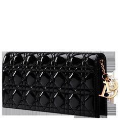Dior Evening Clutch - Dior Purse - Ideas of Dior Purse - Dior Evening Clutch Dior Clutch, Clutch Purse, Dior Purses, Purses And Handbags, Dior Bags, Handbag Accessories, Fashion Accessories, Small Leather Goods, Lady Dior