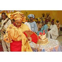 Lovely Dami smiling and dancing toward the Love of her life...#happiness #love #tradition #traditionalwedding #wedding #asoebiafrica #yorubabrides #yorubaweddings #lagoswedding #lagosweddingphotographer #eikonworld #throwbackweek #th