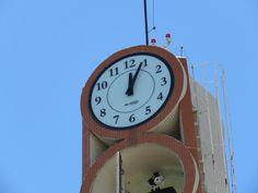 Instalação do relogio na Torre da Gratidão