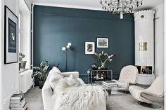 Blue and white living room Diy Interior, Interior Decorating, Living Room Designs, Living Room Decor, Blue And White Living Room, Gravity Home, Contemporary Interior Design, Scandinavian Apartment, Dream Decor
