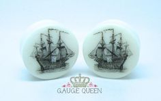 "Vintage Ship Plugs / Gauges. 4g /5mm, 2g /6.5mm, 0g /8mm, 00g /10mm, 1/2"" /12.5mm, 9/16"" /14mm, 5/8"" /16mm, 3/4"" /19mm, 7/8"" /22mm, 1"" /25mm by TheGaugeQueen on Etsy https://www.etsy.com/listing/120346427/vintage-ship-plugs-gauges-4g-5mm-2g-65mm"