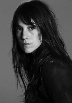 Charlotte Gainsbourg is the most beautiful girl in the world, don't you think? Charlotte Gainsbourg, Jane Birkin, Gainsbourg Birkin, Serge Gainsbourg, Catherine Deneuve, The Most Beautiful Girl, Beautiful People, Portrait Photography, Fashion Photography