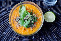 Healthy Pumpkin Soup // Kurpitsakeitto  http://trainingdrama.blogspot.fi/2014/12/happy-hallochristmas.html