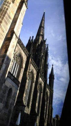 Edinburgh scotland next to Edinburgh castle