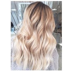 Perfect shades of blonde for summer!!! #colormelt #balayage #ombre @frances_artikahairspa