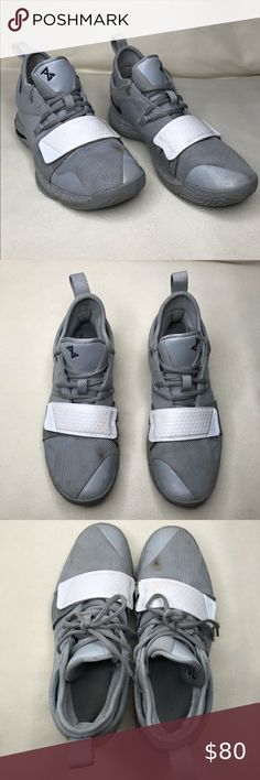 Nike PG 2.5 PlayStation Paul George PS4 Classic Wolf Grey Mens /& Kids GS Gray