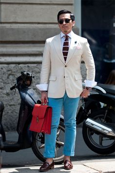 Men Street Fashion Style Snap Street Style: The Fashion-School Student