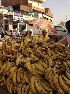 Y E L L O W at Souq Omdurman