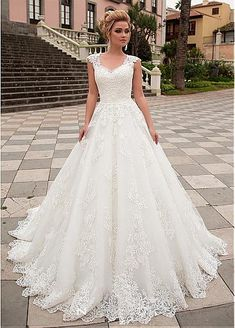 dressilyme.com provides top quality Exquisite Tulle & Organza V-neck Neckline A-line Wedding Dress With Lace Appliques. Buy discount Exquisite Tulle & Organza V-neck Neckline A-line Wedding Dress With Lace Appliques with paypal directly from reliable online marketplace.