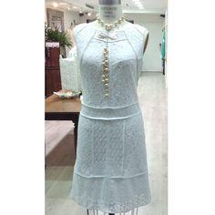Dressed for the Christmas! Vestido blanco para celebrar esta navidad.  #GriseldaTovar #Moda