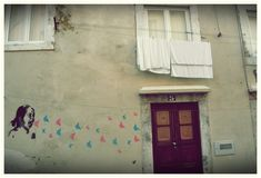 Lisboa, la ciudad con más librerías del mundo - Cultura Inquieta Painting, Lisbon, The World, Exhibition Space, Cities, Culture, Art, Paintings, Draw