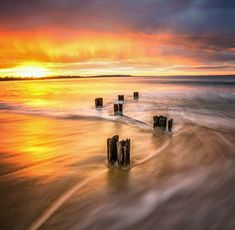 These Top 10 Long Exposure Photography Will Make You See The Unseen ! Photography Long Exposure, Beach Photography, Photography Ideas, Buzzers, Popular Paintings, Beautiful Sky, Great Photos, Art Forms, Modern Art