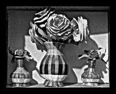 Floreros tejidos con palma.  Artesanías mexicanas