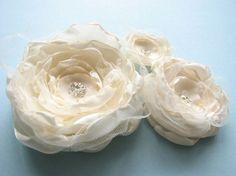3 Braut Haarspangen Dekor oder Kleid Add-ons von Cultivar auf Etsy