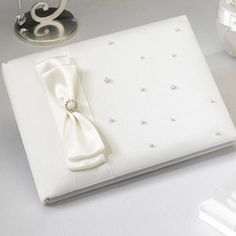 WeddingDepot.com ~ Scattered Pearl Guest Book - Ivory ~